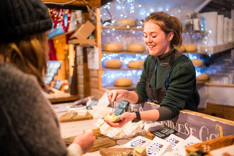 Kioscos en el Bath Christmas market