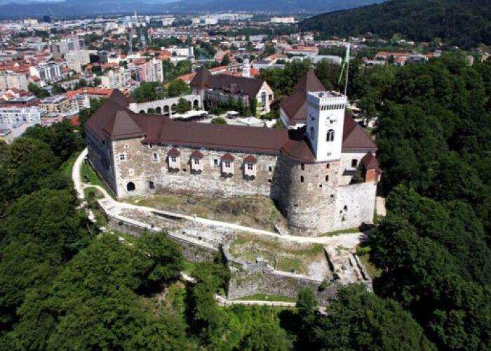 El Castillo de Liubliana es uno de los símbolos históricos más importantes de la ciudad