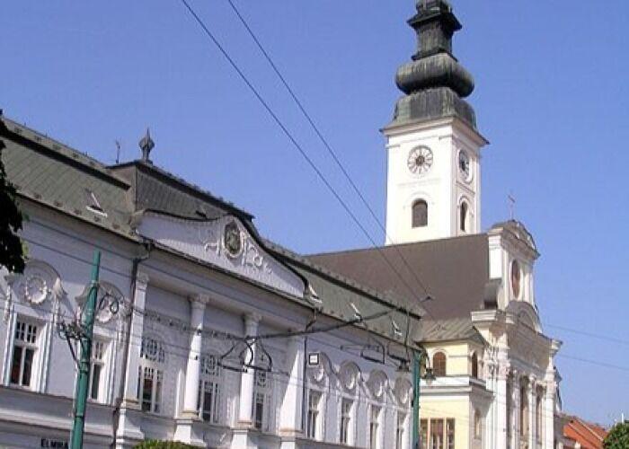 La Catedral griego-católica de San Juan Bautista es uno de los principales símbolos religiosos de la ciudad
