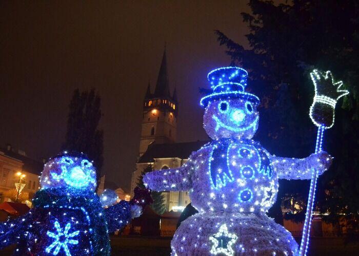 La ciudad de Prešov se decora alegremente para las navidades