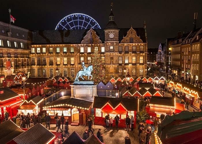 La ciudad de Düsseldorf se convierte en un magico escenario durante el Mercado Navideño