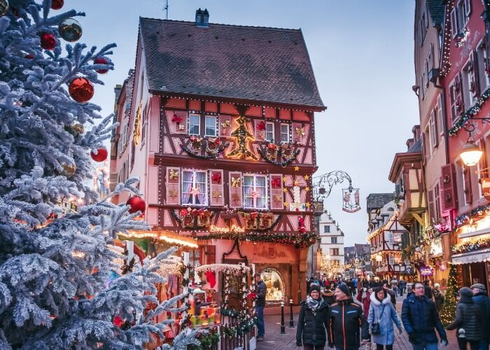 La fantasia y espiritu de la navidad toman la ciudad para celebrar el Mercado Navideño de Colmar