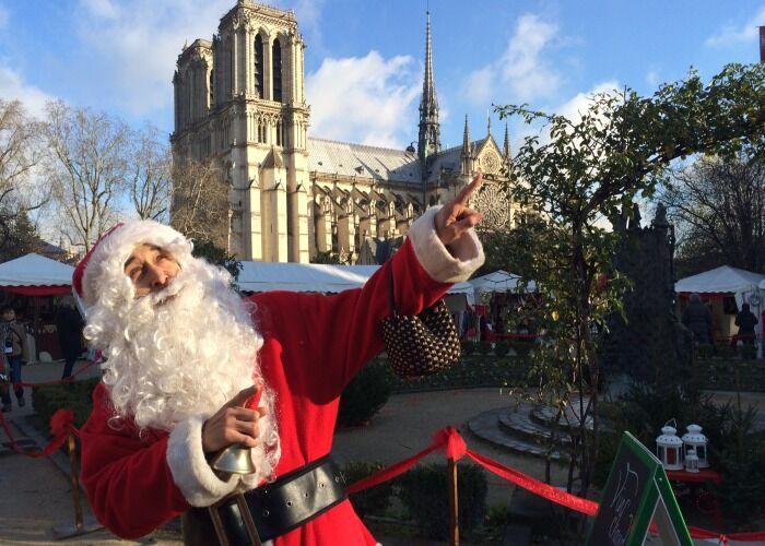 Tdos es alegria durante las fiestas decembrinas y el Mercado Navideño de la Catedral de Notre Dame en París