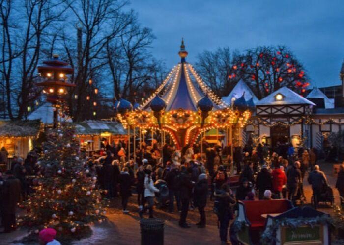 Toda Odense se viste de fiesta, luces y colores para el Mercado Navideño