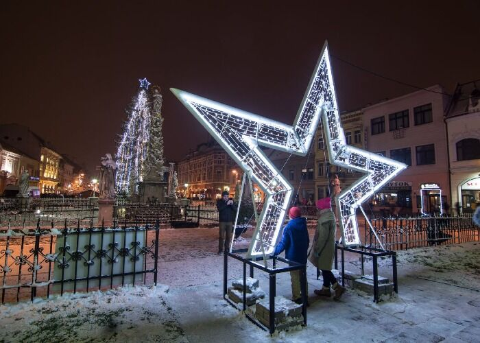 Todo el mundo sale a las calles de Košice para festejar las fiestas decembrinas