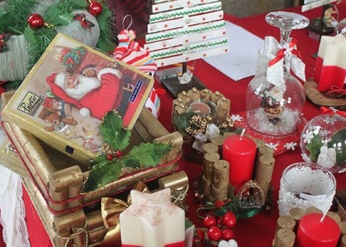 El Arca de Natal de la Estação de São Bento en Porto es una oportunidad perfecta para comprar obsequios, adornos y dulces