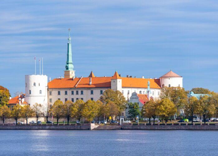 El Castillo de Riga es uno de los símbolos históricos más importantes de la Ciudad y del país