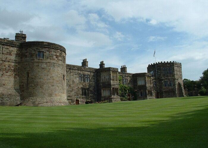 El Castillo de Skipton es uno de los edificios históricos más importantes de la ciudad