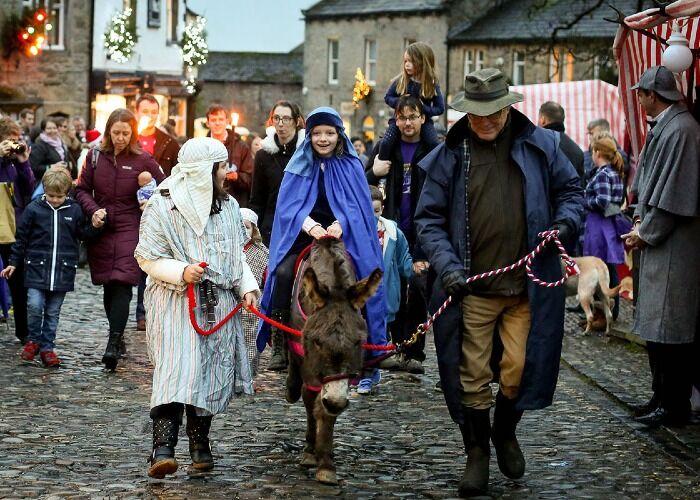 El Festival de Dickens de Grassington está repleto de presentaciones y entretenimiento increíble