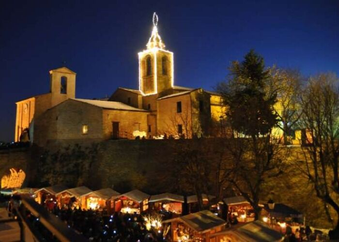 El Mercado Navideño de Candelara en Las Marcas es uno de los eventos de navidad más importantes de la localidad