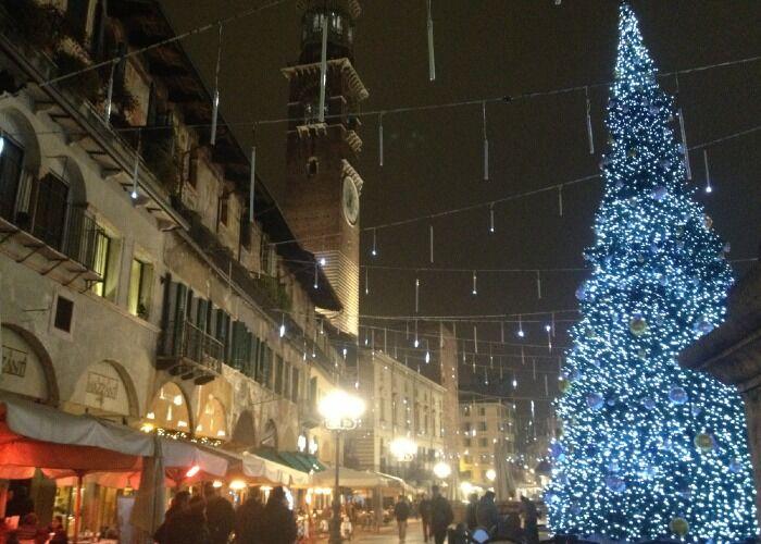 El Mercado Navideño de Verona es uno de los más grandes acontecimientos en la ciudad