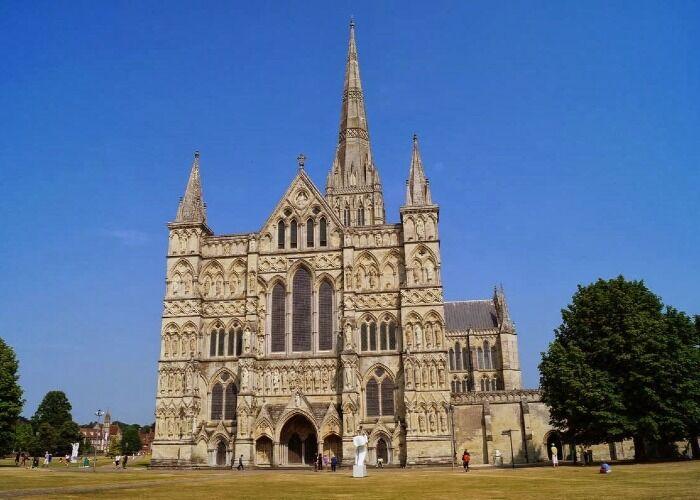 La Catedral de Salisbury es uno de los edificios religiosos más importantes de la región