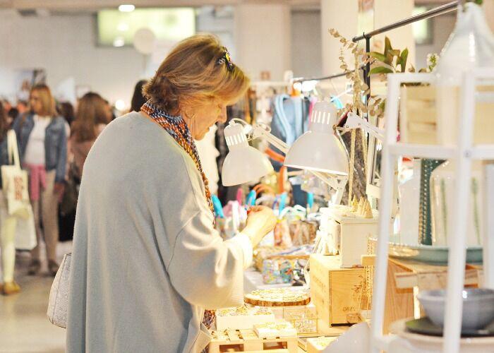 Puedes comprar todo tipo de prendas, collares y ropa en el Hype Market Natal de Alvalade en Lisboa