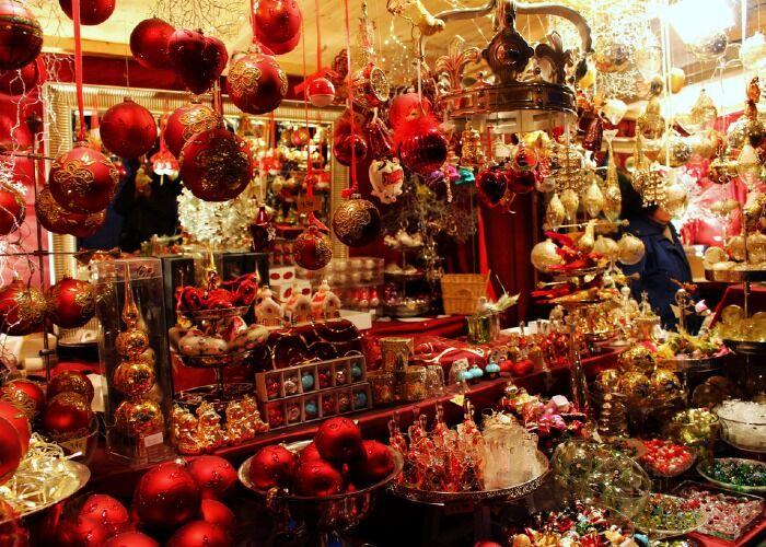 Puedes encontrar miles de regalos y adornos en el Festival Navideño de Comida y Bebida de Lichfield