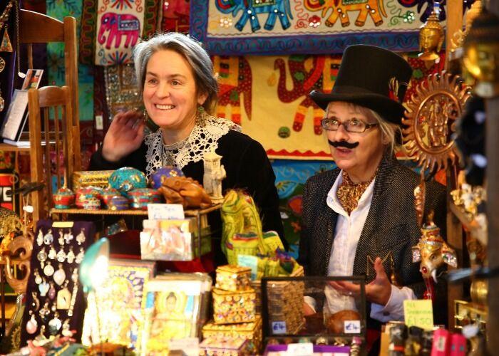 Todos los dueños de los locales del Mercado Navideño de Kelham Island Museum en Sheffield te atenderán de maravilla durante las navidades